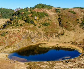 Autumn alpine mountain Kleiner Paarsee or Paarseen lake, Land Salzburg, Austria.