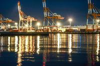 Harbor night view of the Daikokufuto