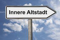 Wegweiser Innere Altstadt | signpost Innere Altstadt (Inner Old Town)