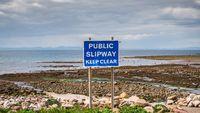 Sign: Public Slipway, Keep Clear