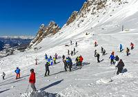 Skiers at the Gardena Pass, Passo Gardena, Val Gardena, Dolomites, South Tyrol, Italy