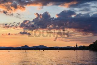 Sonnenuntergang über dem Bodensee bei Radolfzell