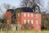 Moated castle Kessenich