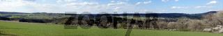 Blick über das obere Ahrtal bei Ahrdorf