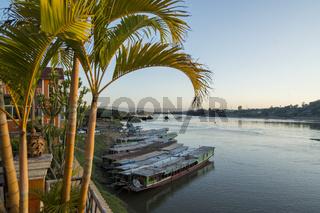 LAO HUAY XAY MEKONG RIVER