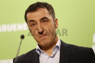 Cem Özdemir at press conference in Berlin.