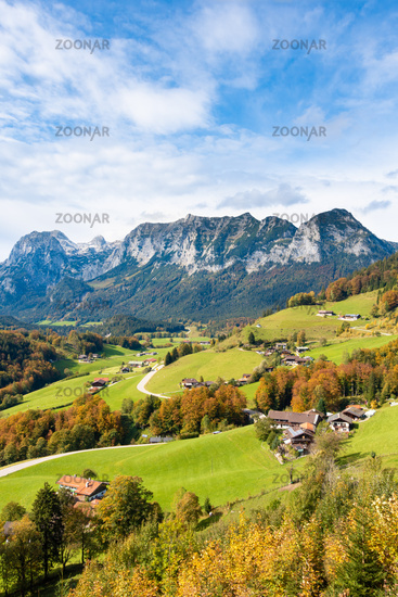 View above Ramsau in autumn on the mountain face with the Edelweisslahnerkopf and the Schottmalhorn