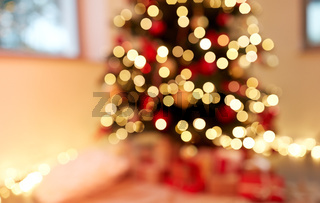 blurred decorated christmas tree at home
