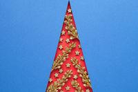 Elegance Minimal Christmas Tree