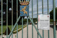 Warning for Corona in Weilburg Palace Garden