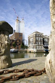 Rotterdam, Kop van Zuid (mit Maastoren) am Spoorweghaven