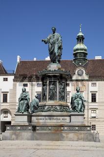 Statue von Kaiser Franz I., Hofburg, Wien, Oesterreich, Europa