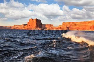 Boat trip on the picturesque Lake Powell