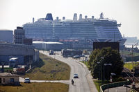 Cruise ship, cruise terminal of the Columbus Cruise Center on Columbuskaje, Bremerhaven, Germany
