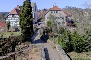 Blick von der Burgruine auf Zavelstein