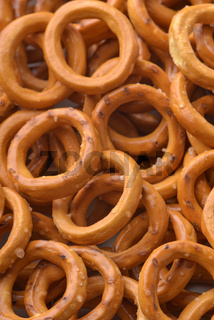 Salty crispbread wheat mini rings