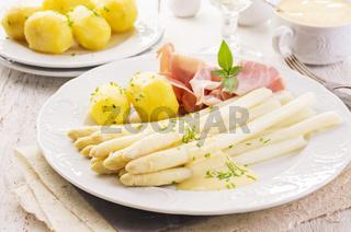 asparagus with ham and potato