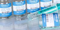 Impfstoff Coronavirus Corona Virus Spritze COVID-19 Covid Impfung Vaccine Panorama