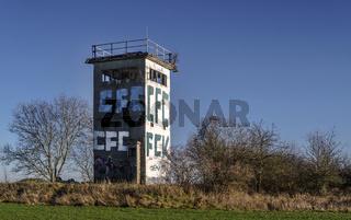 Relikt der Vergangenheit - Ehemaliger Grenzturm der DDR