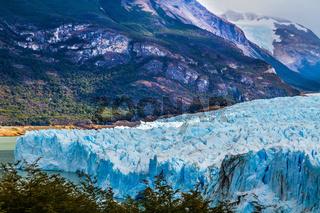 The colossal Glacier Perito Moreno