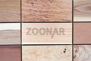 Tafeln mit verschiedenen Holzmustern