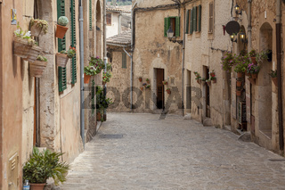 Gasse in Valldemossa, Mallorca