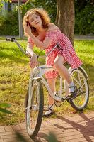 pretty girl cyclist