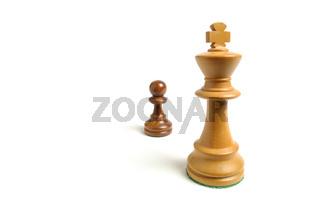 Mächtig und gross gegen machtlos und klein - Schac