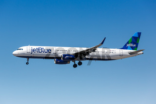 JetBlue Airbus A321 Flugzeug Flughafen Los Angeles