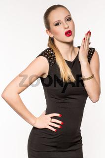 Junge blonde Frau im Kleid, Portrait, Fashion, Lif