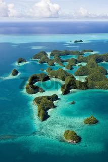 Blick auf Seventy Islands in Palau, Palau