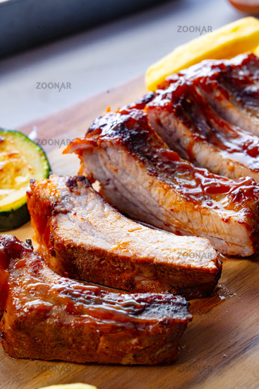Grilled Sparerib with various vegetables