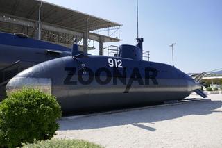 U-Boot am Hafen von Tivat, Montenegro