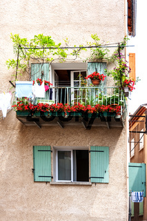 House facade in the South of France