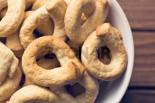 tarallini bread sticks