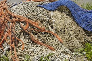 Fischerei - Alte Fischernetze im Hafen