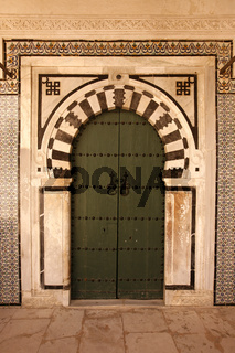 TUNISIA TUNIS CITY MEDINA DOOR