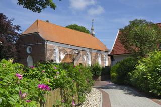 Kirche aus Backstein aus dem 14. Jahrhundert in Greetsiel