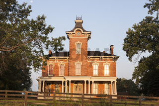 Old Mansion in Chatham