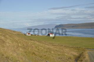 Verlassene Kirche und Bauernhof, Bitrufjörður, Island