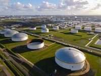 4 november, Amsterdam, The Netherlands oil silos containers industry harbour
