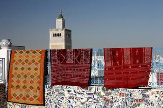 TUNISIA TUNIS CITY MEDINA MOSQUE CARPET