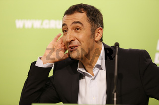 Cem Özdemir at press conference in Berlin.