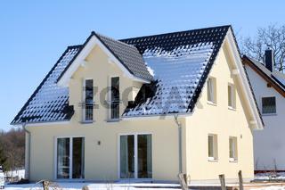 Kleines Neubauhaus, Deutschland