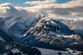 Wonderful winter hike from Restaurant Eggli over the Forstseeli and Diepoldsauer sponge to the Fahnerenspitz in the Appenzeller Land in Switzerland