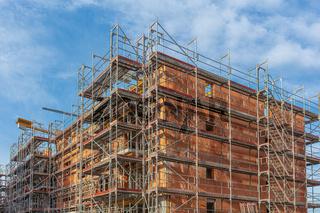 Wohnungsbau, Rohbau, Schaffung Wohnraum, Baugerüst, Gerüstbau, Baulücke, Sozialwohnungen