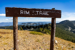 Rim trail - Wooden signboard at hilltop