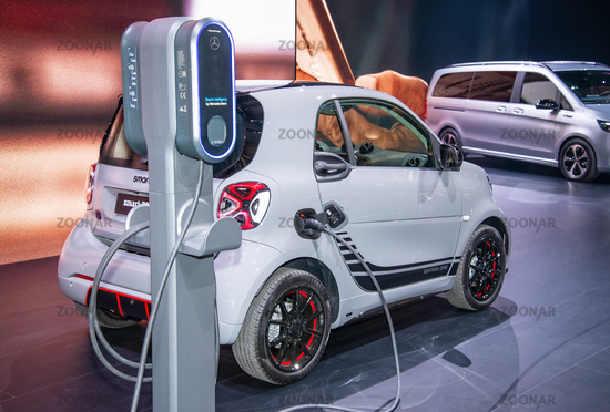 Electric smart on a charging station