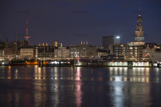 Skyline of Hamburg with st. Michaelis by night, Ge