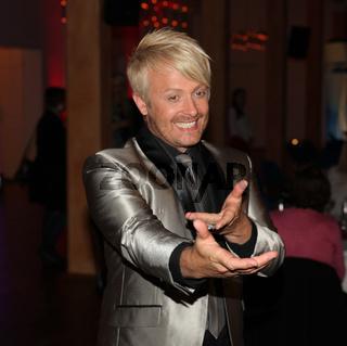 Sänger Ross Antony bei '20 Jahre Feste - Silbereisen feiert' am 11.10.14 in Riesa